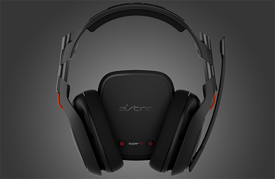 Astro A50 between Headphones
